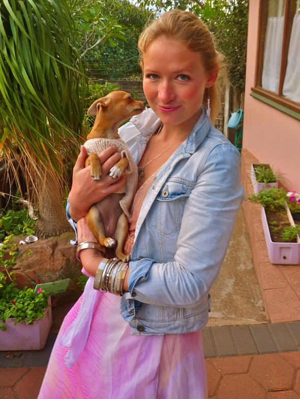 Paris and Tinkerbell eat your hearts out. Chihuahua & Lucie in Durban.