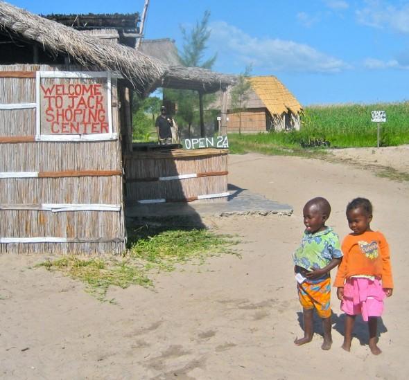 Conveniently, Jack Shoping Centre is open 24/7. Pomene, Mozambique.