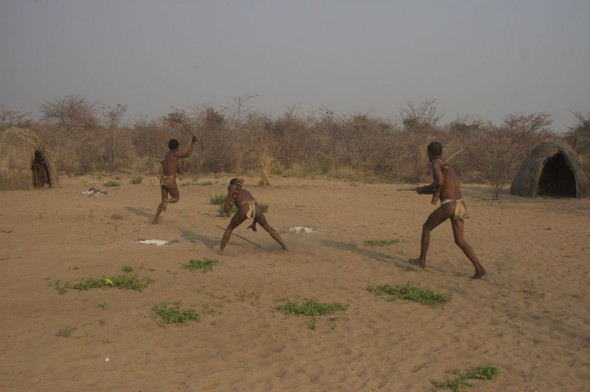 Bushmen hunting prey using spears. Ju/'hanse San people, or as they are more commonly known, the Bushmen, near Tsumkwe, eastern Namibia.