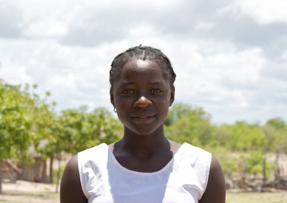 Young Tonag girl, near Binga, Zimbabwe