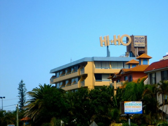 Retro holiday apartment on the Gold Coast in Broadbeach which reads Hi Ho in Australia.